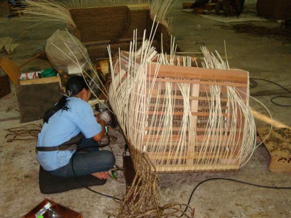Prírodný nábytok z Thajska, AMANDARI.sk
