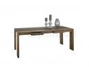 Masívny nábytok z teakového dreva